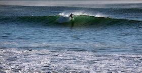 Hot Water Beach surf