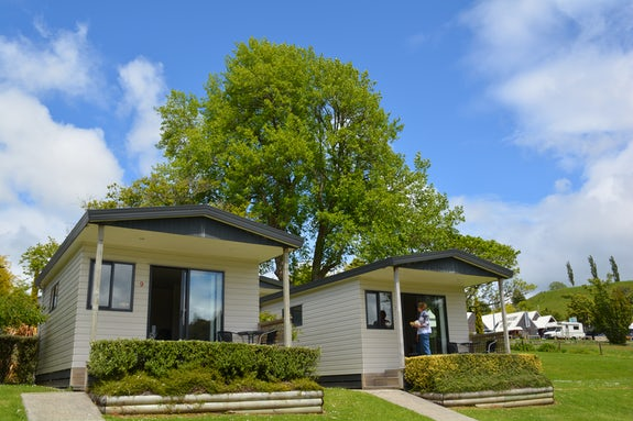 Cabins and motels in the North Island