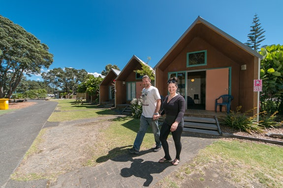 Cabins and motels in Auckland