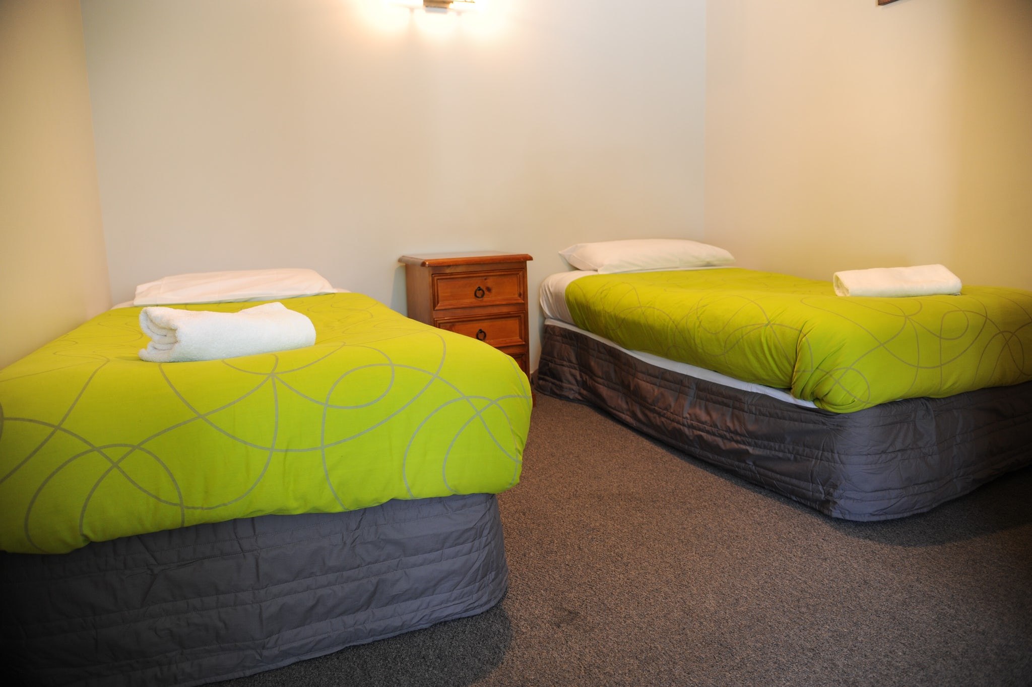 Self Contained Unit West Blenheim Top 10 Holiday Park