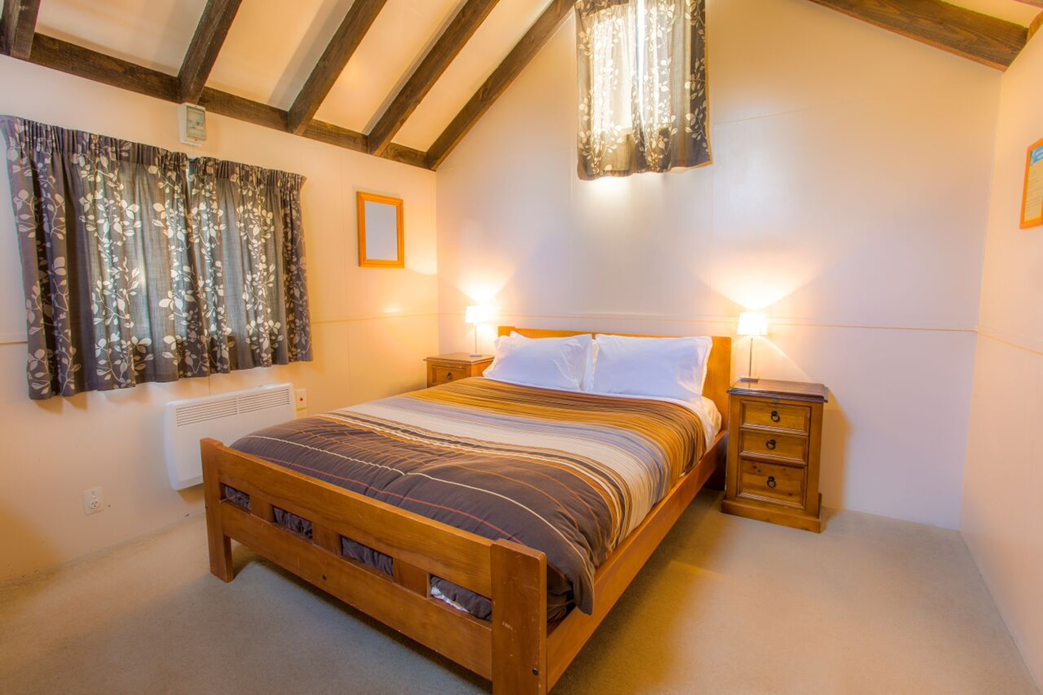 Standard Double Cabin Queenstown Top 10 Holiday Park